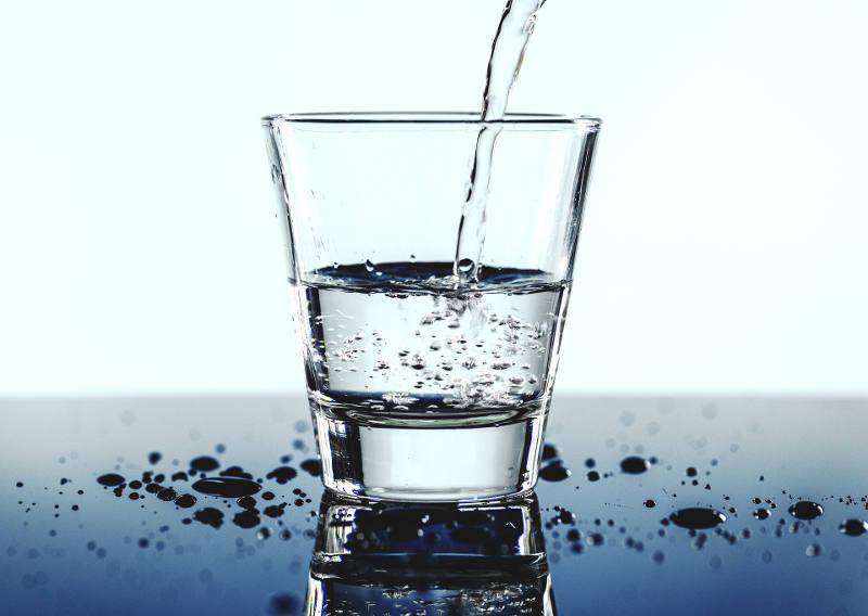 vasos de agua al día